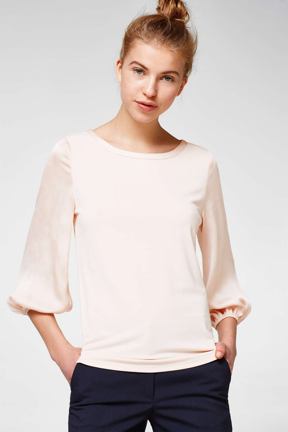 Esprit - Floaty top with balloon sleeves
