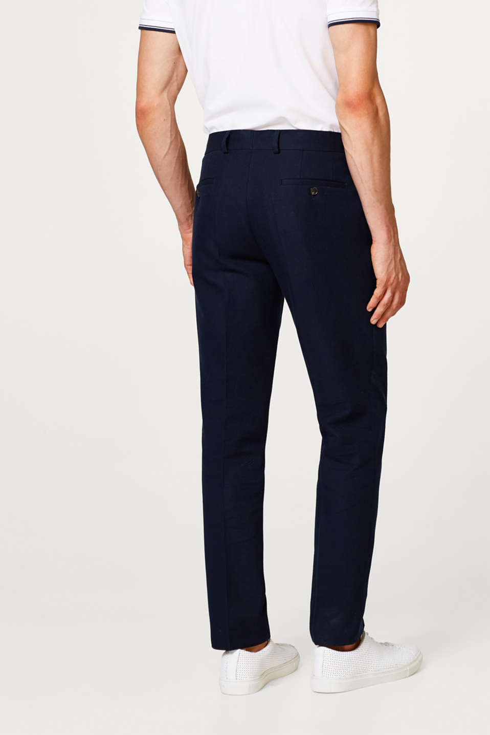 Finely textured suit trousers in cotton