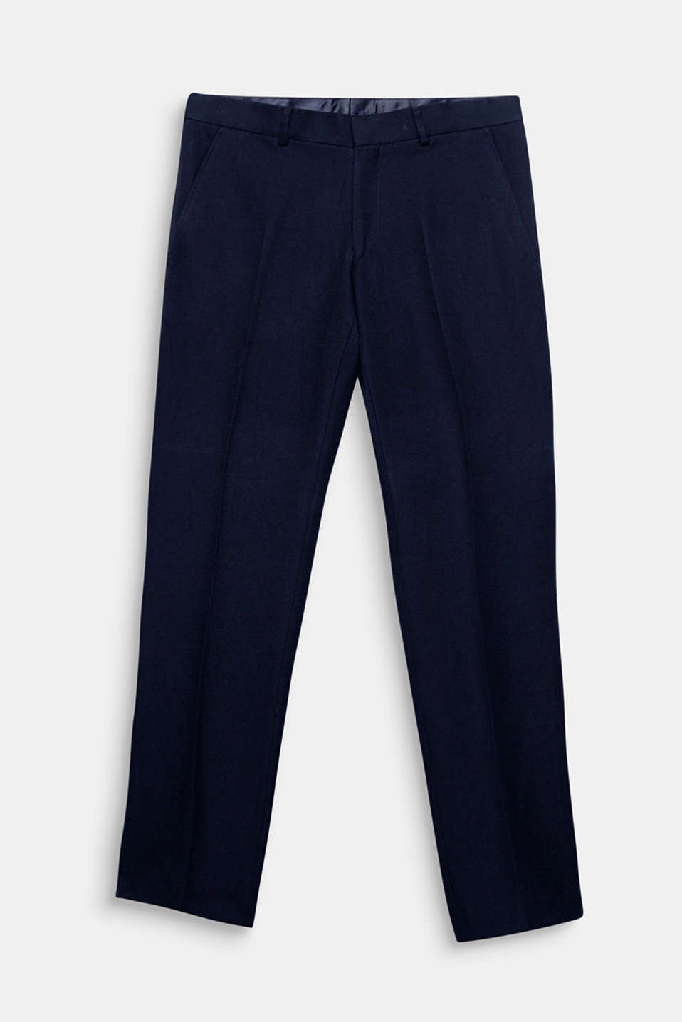 We love texture! The fine waffle texture makes these suit trousers with waist pleats a modern update for your suit look.