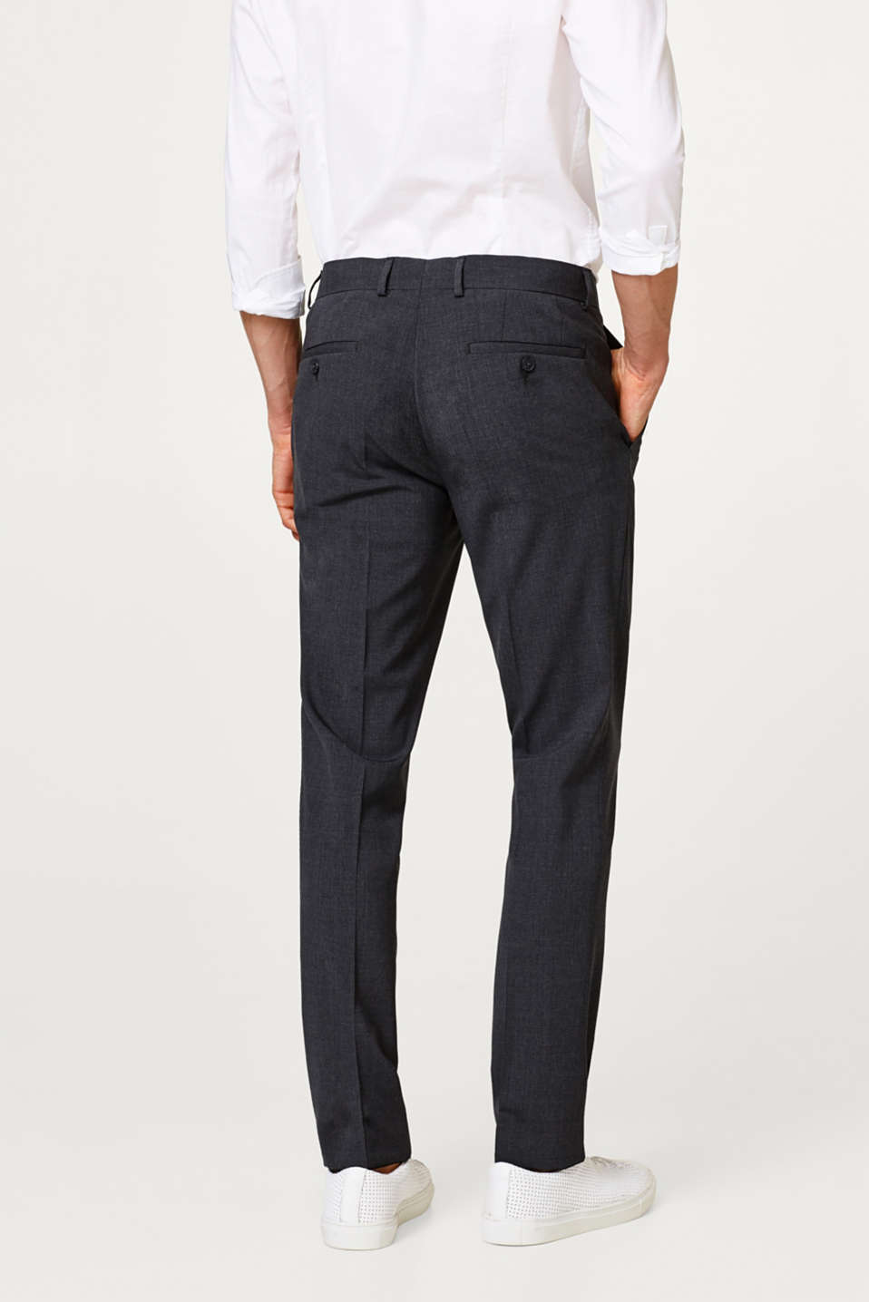 Slim fitting suit trousers with new wool