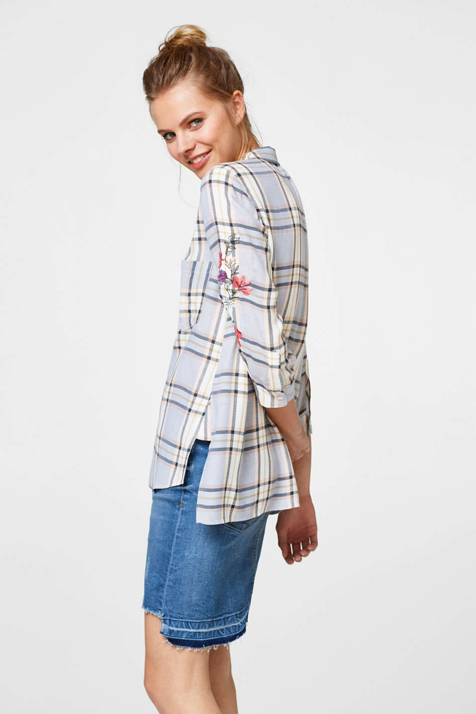 Esprit - Checked blouse with floral embroidery