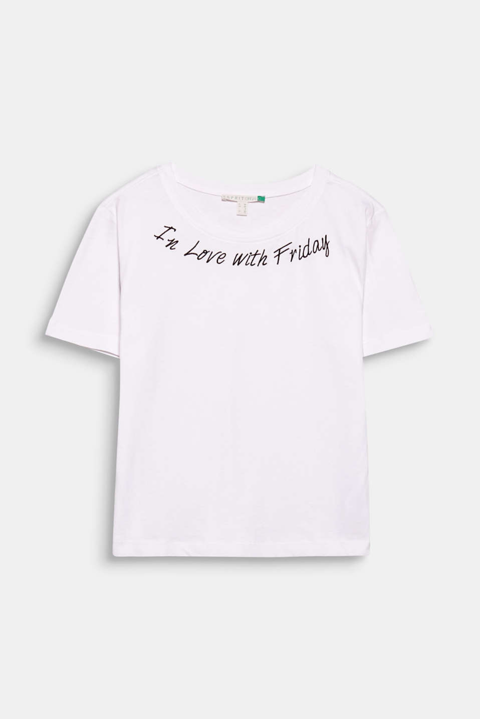As long as you are in love!!! This T-shirt in high-quality organic cotton wows us with its appliquéd statement!
