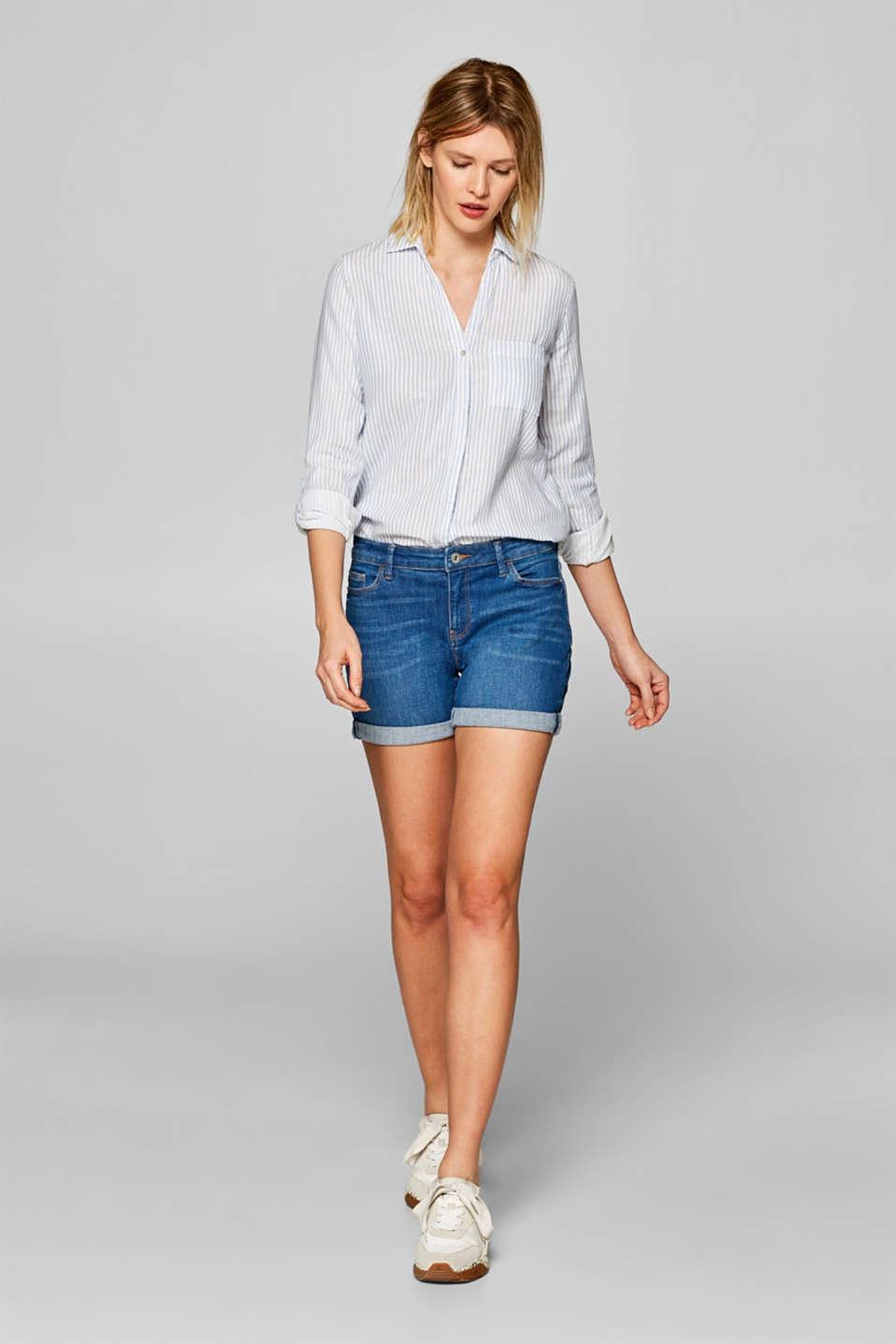 Stretch denim shorts with whiskering, BLUE MEDIUM WASH, detail image number 1