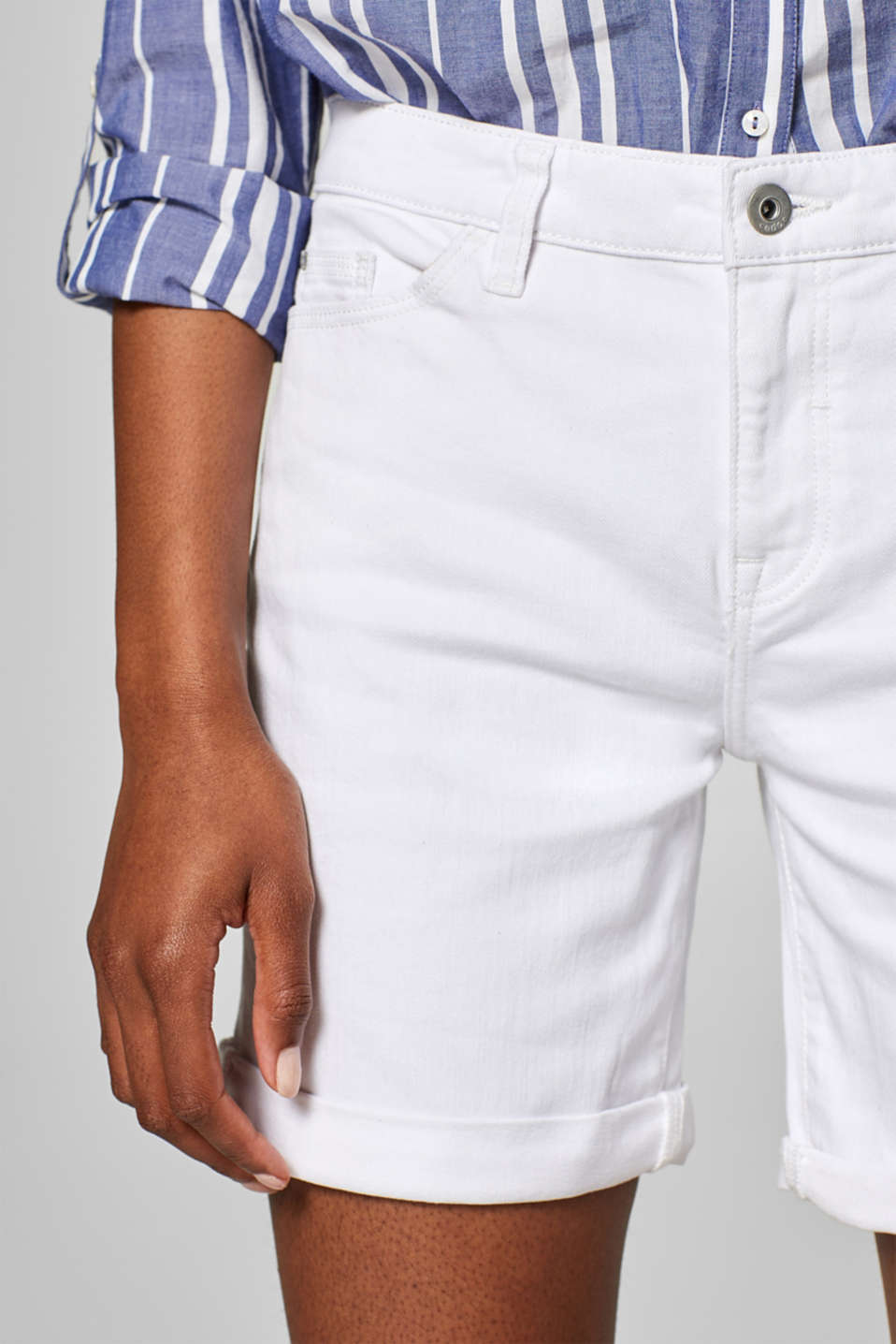 Stretch denim bermudas in a basic style, WHITE, detail image number 2
