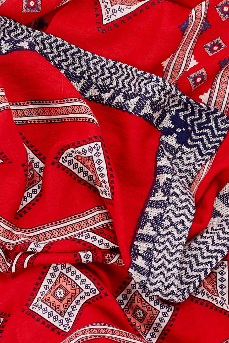 Shawls/Scarves, RED, detail image number 2