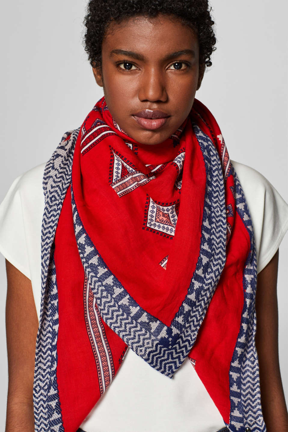 Shawls/Scarves, RED, detail image number 1