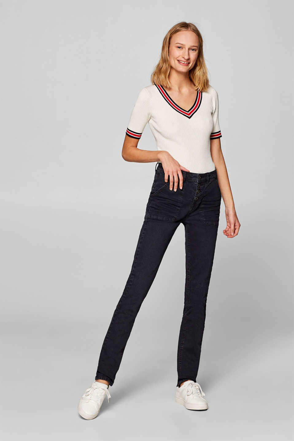 Esprit - Stretch trousers with a button placket and front pockets