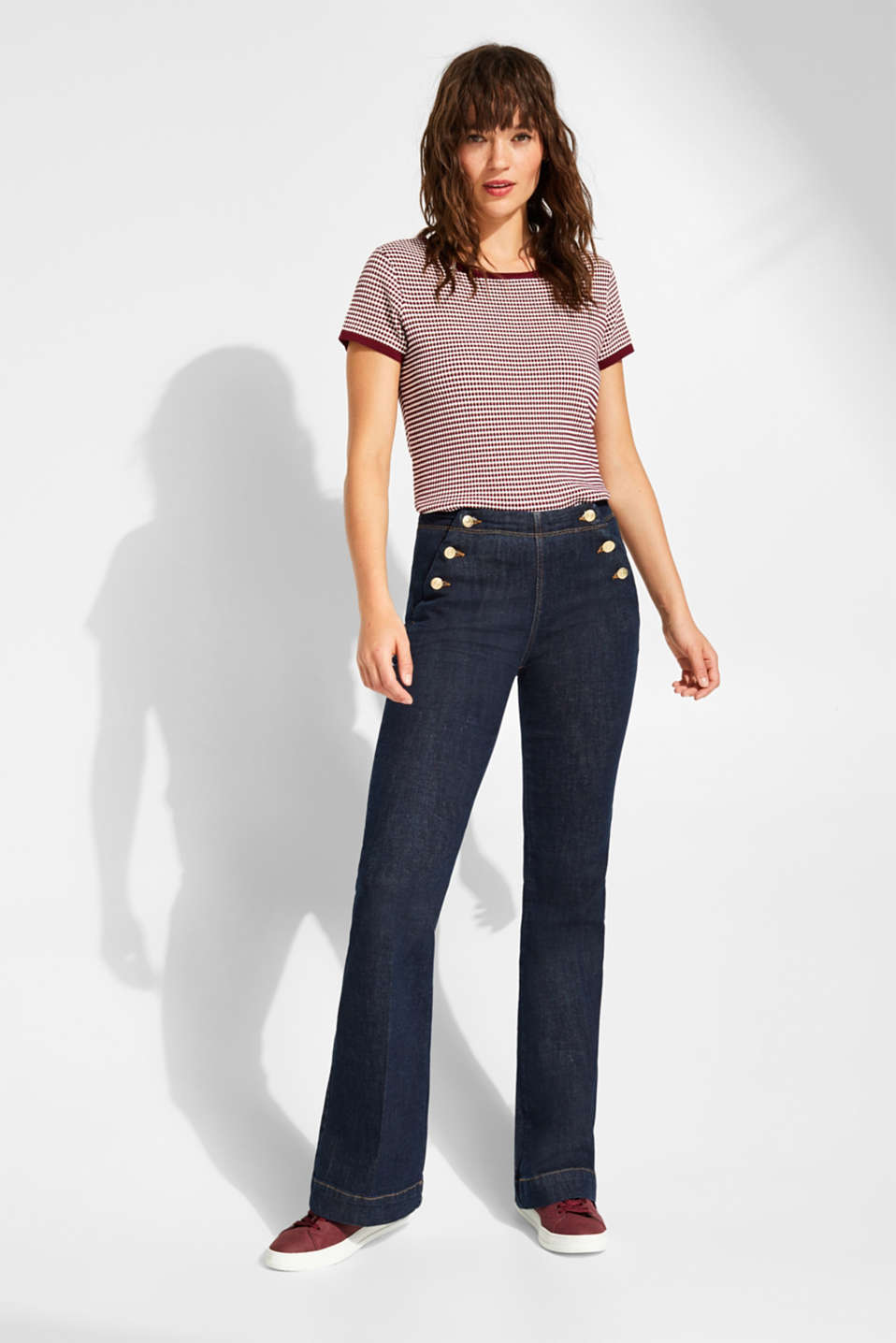 Bootcut stretch jeans with button plackets