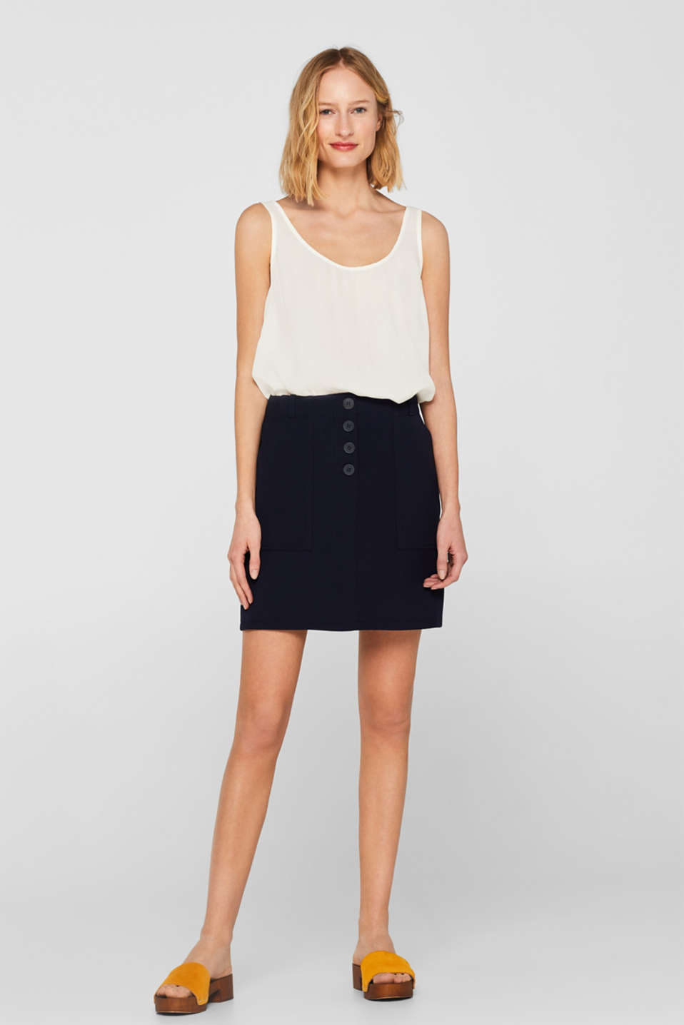 Esprit - Stretch skirt with pockets and a button placket