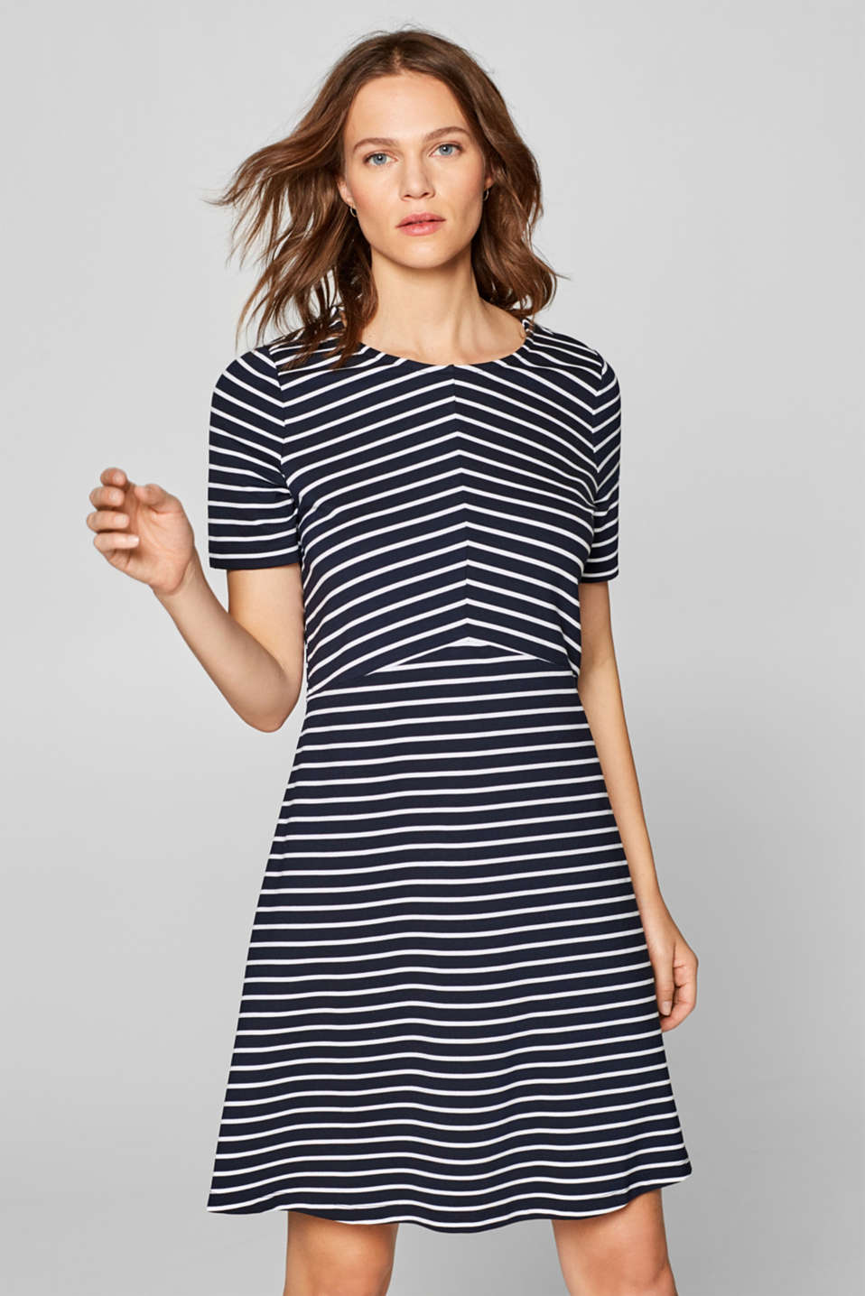 Esprit - Stretch jersey dress in a striped look