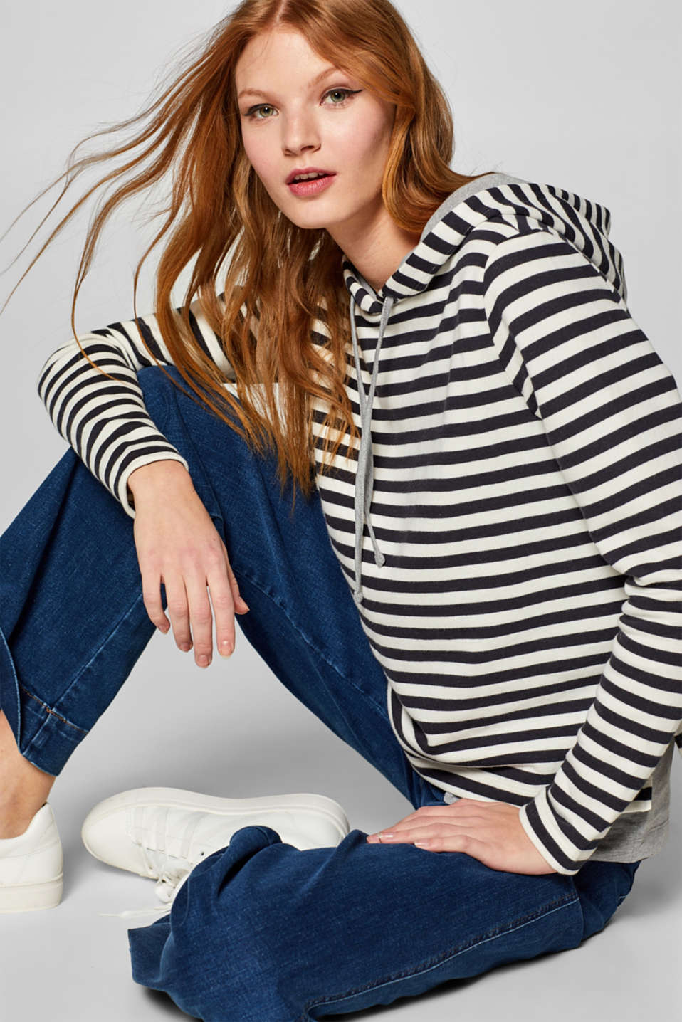 Esprit - Striped hoodie with a layered hem