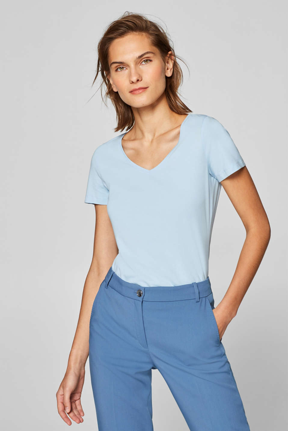 Esprit - V-Neck-Stretch-Shirt mit Organic Cotton