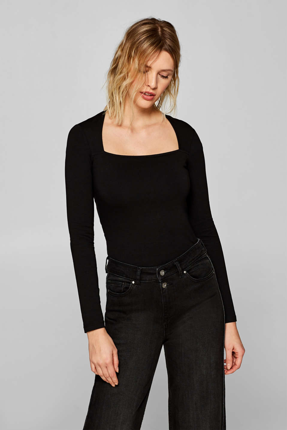 Esprit - Long sleeve stretch top with a square neckline