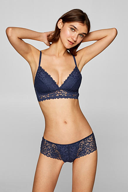 f62bb3689c Padded non-wired lace bra