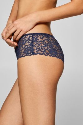 Hipster shorts in ornamental lace