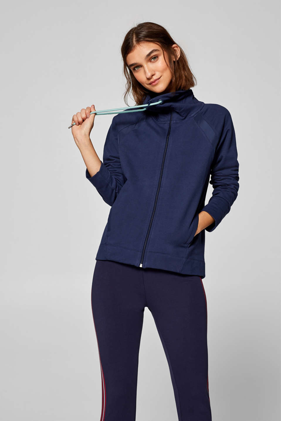Esprit - Stretch jersey cardigan with an adjustable collar