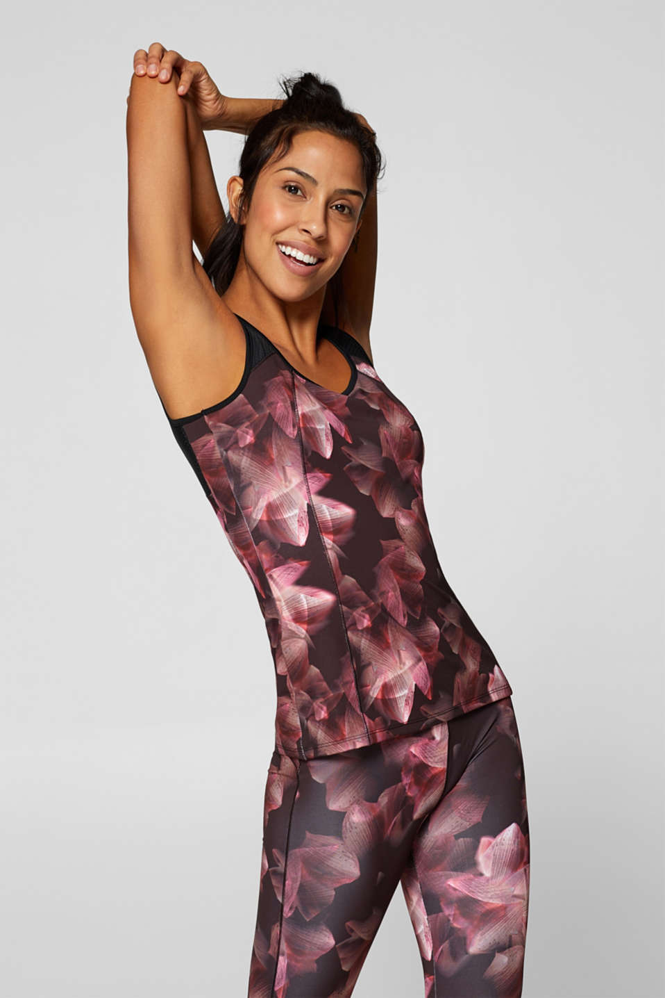 Esprit - Active stretch top with a floral print, E-DRY