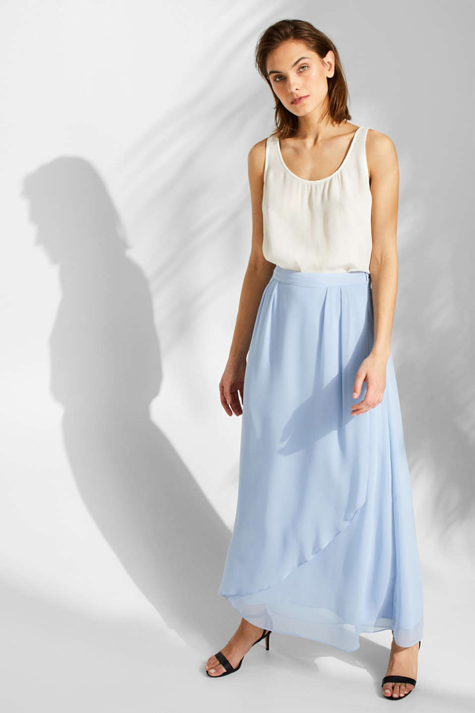 Esprit - Chiffon skirt with a layered effect