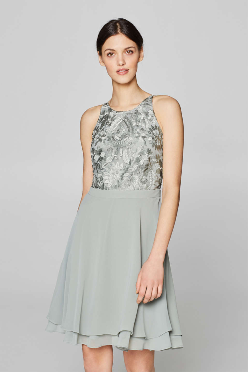 Esprit - Layered dress with an embroidered top
