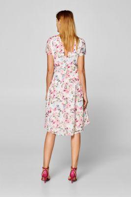 07facb2310c Esprit - Blomstret kjole med vidde i nederdelen i Esprits Online-Shop