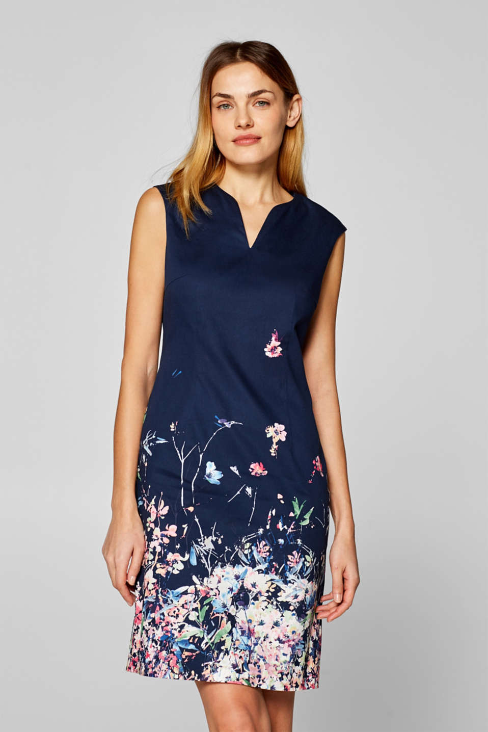 Esprit - Stretch dress with a floral print