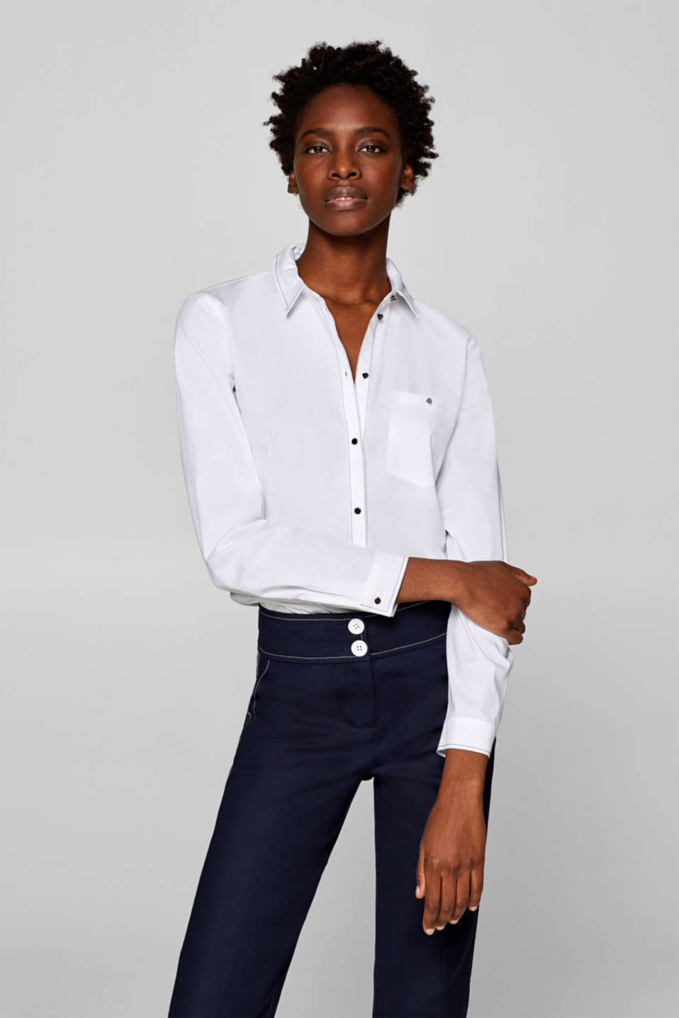 Esprit - Stretch blouse with contrast details