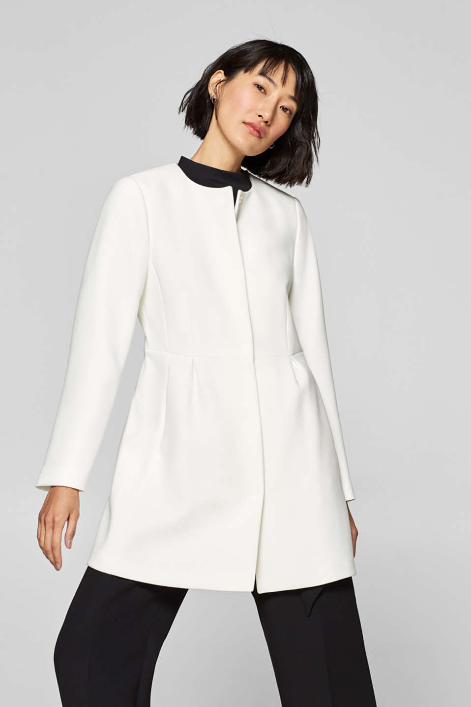 Esprit - Textured coat with stretch and pleated details