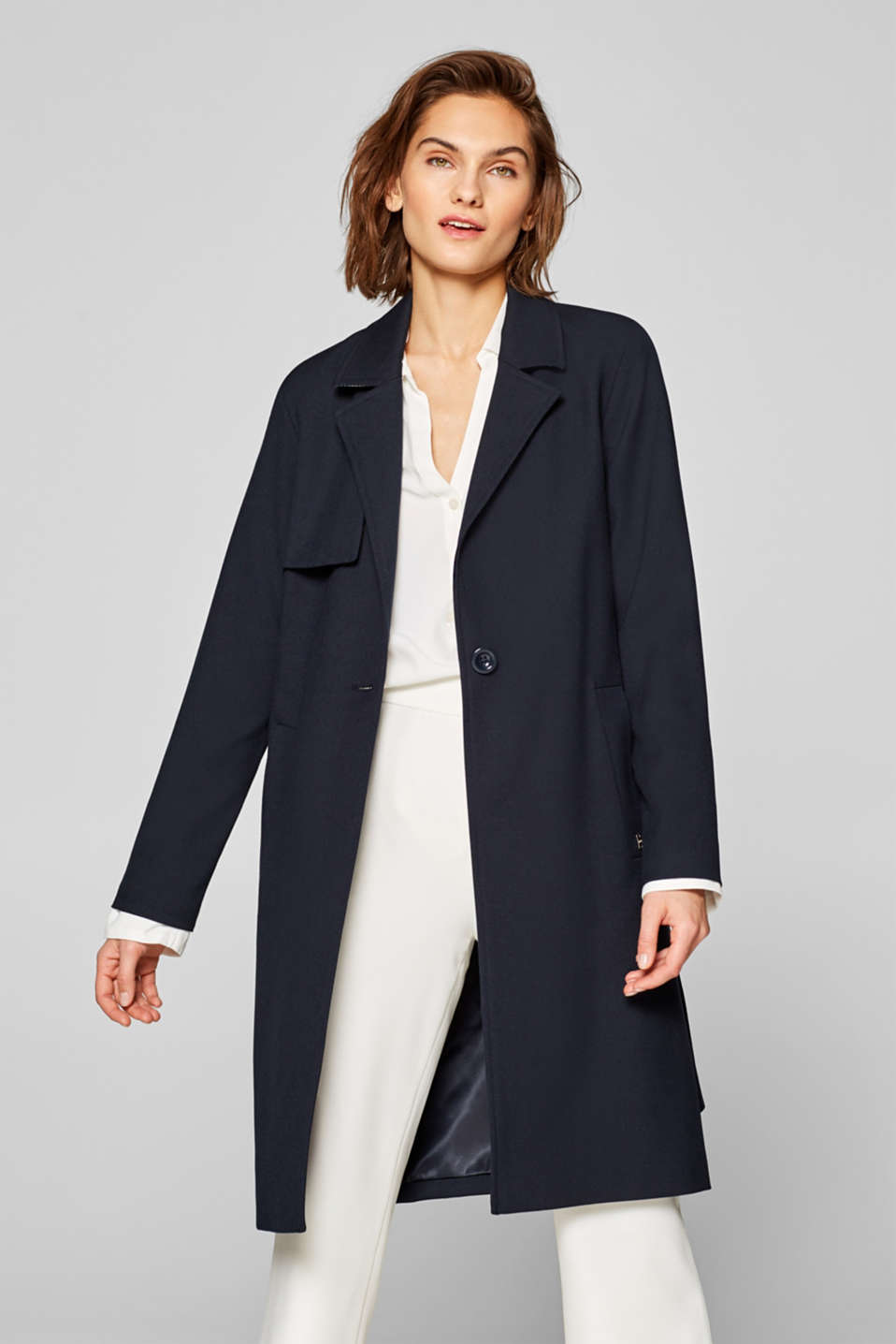 Esprit - Trenchcoat mit Stretch in cleanem Design