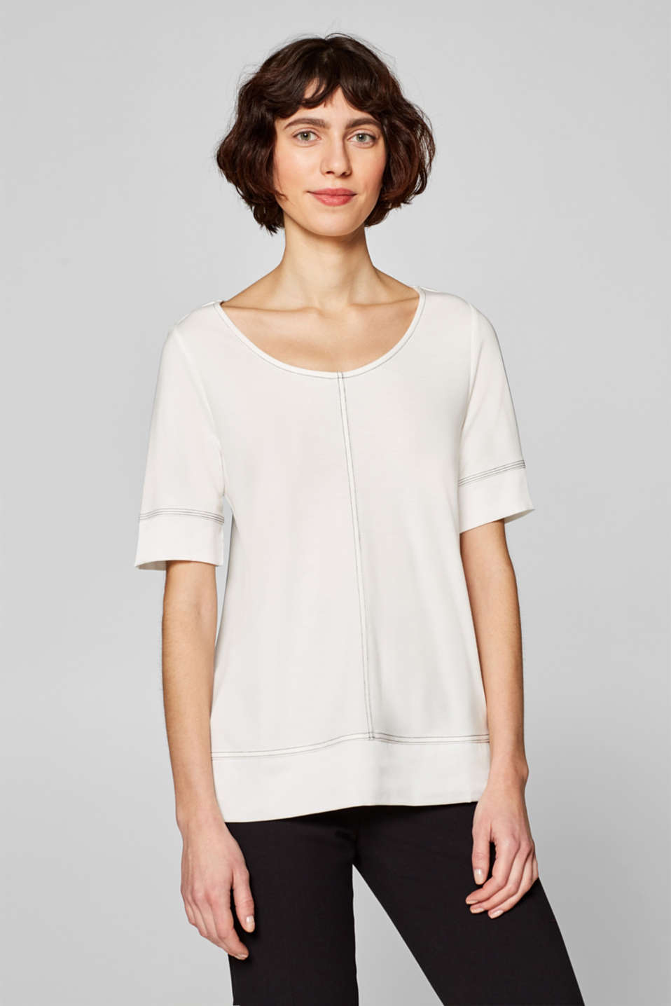 Esprit - T-shirt with decorative stitching and crêpe details