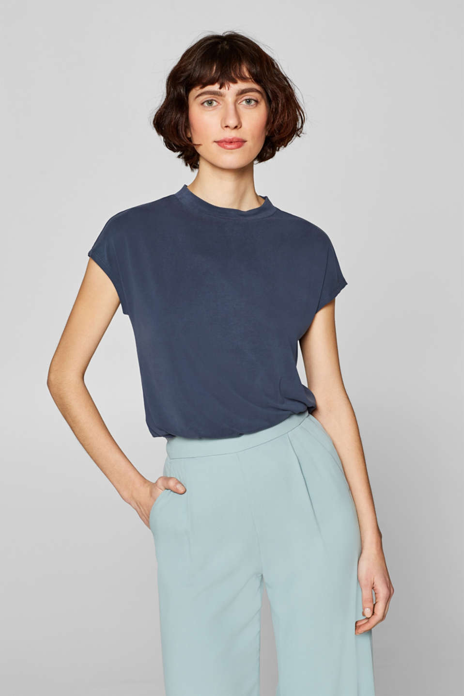 Esprit - T-shirt in a flowing modal blend