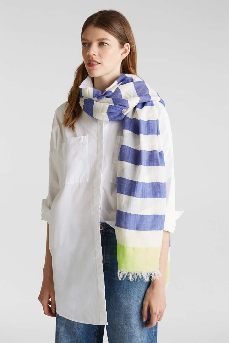Woven scarf with block stripes, CITRUS GREEN, detail image number 1