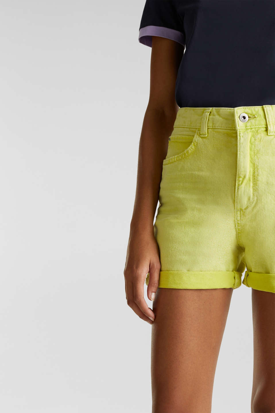 Woven acid-washed shorts, organic cotton, LIME YELLOW, detail image number 2