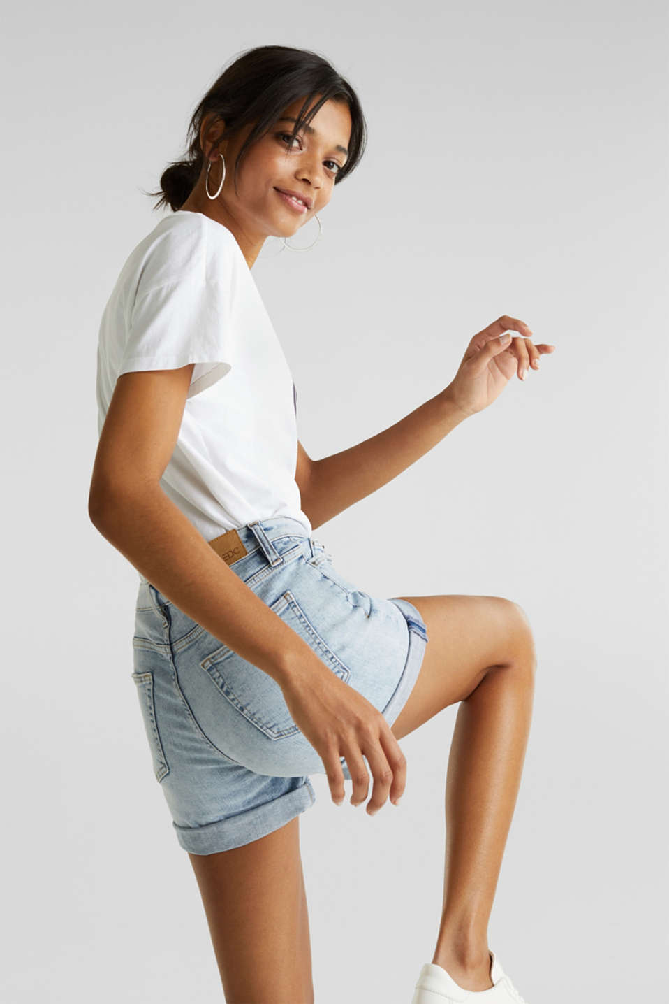 Denim shorts with organic cotton, BLUE BLEACHED, detail image number 5