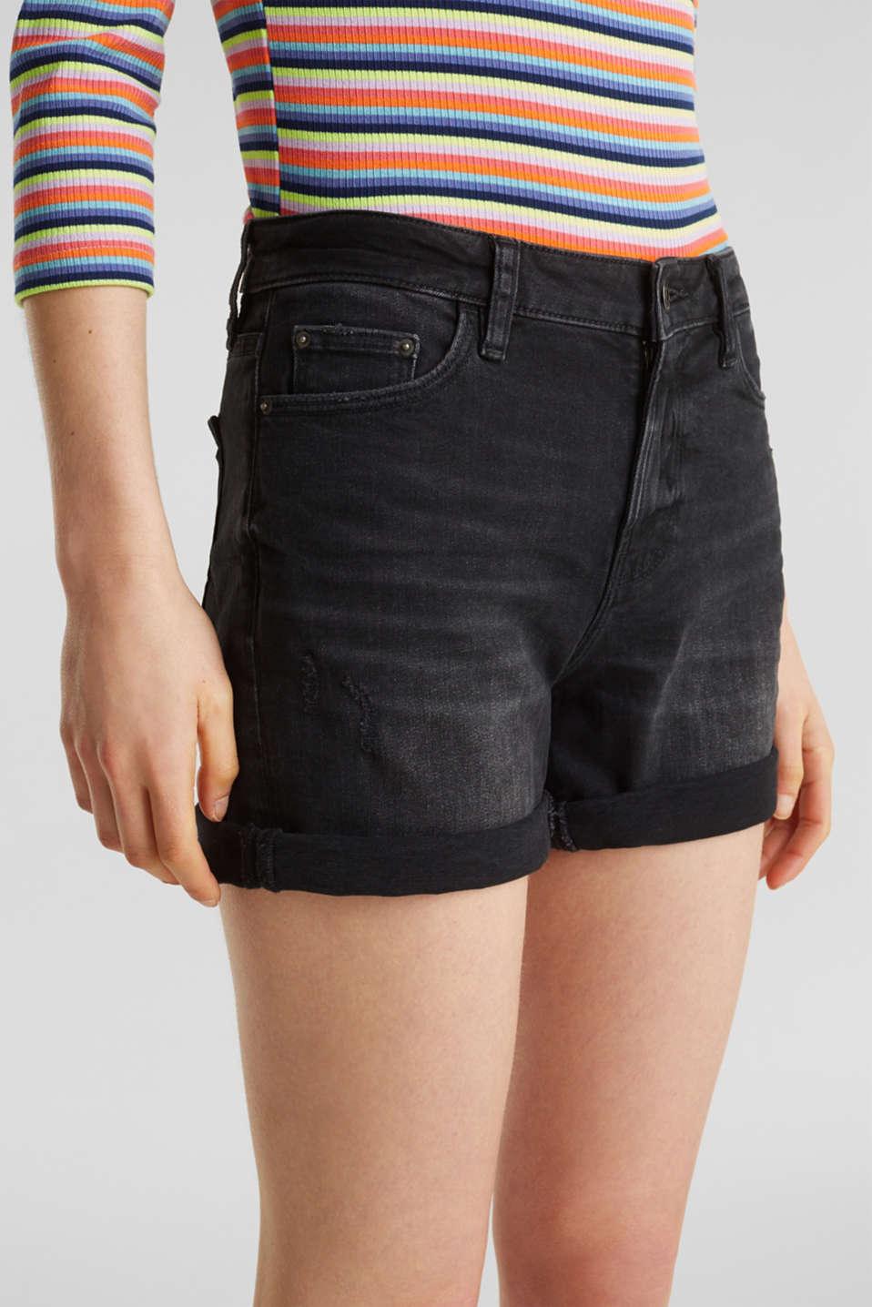 Black denim shorts with a vintage finish, BLACK DARK WASH, detail image number 2