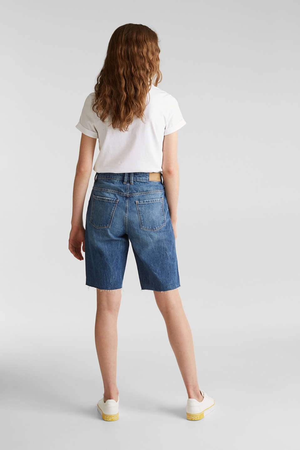 Denim Bermudas with frayed hems, BLUE DARK WASH, detail image number 3
