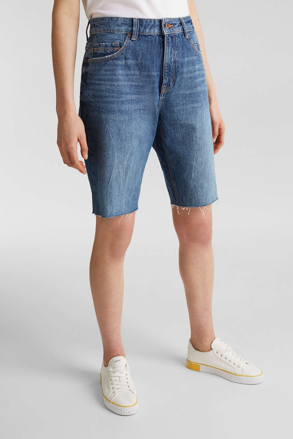 Denim Bermudas with frayed hems, BLUE DARK WASH, detail image number 6