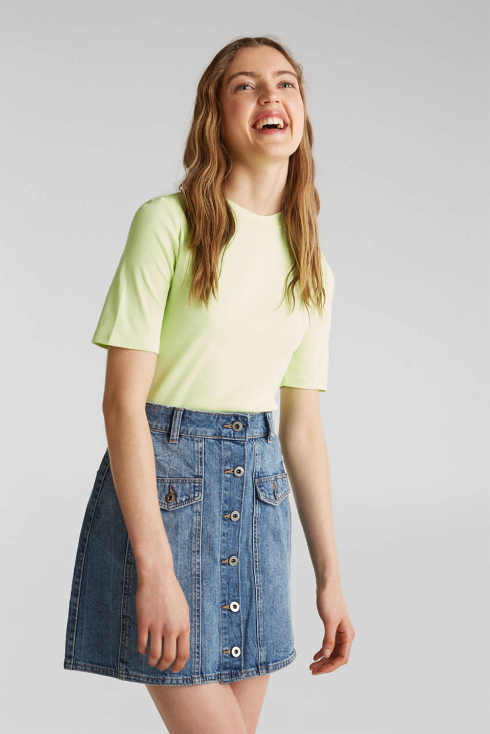 edc - Flared denim skirt with a button placket