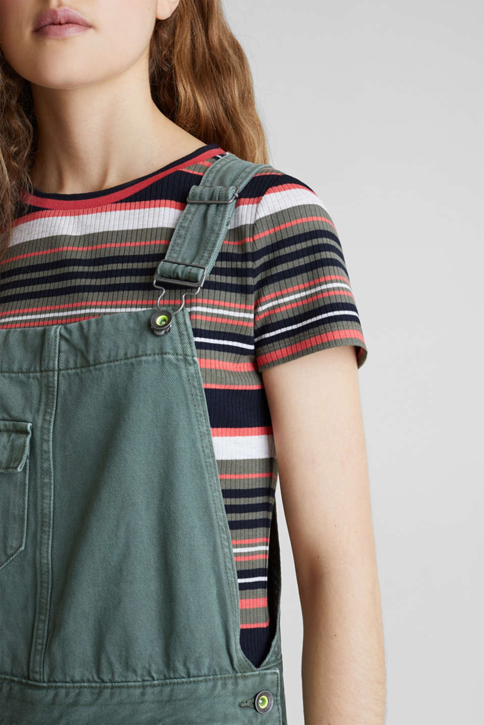 Dungaree skirt with breast pocket, KHAKI GREEN, detail image number 2