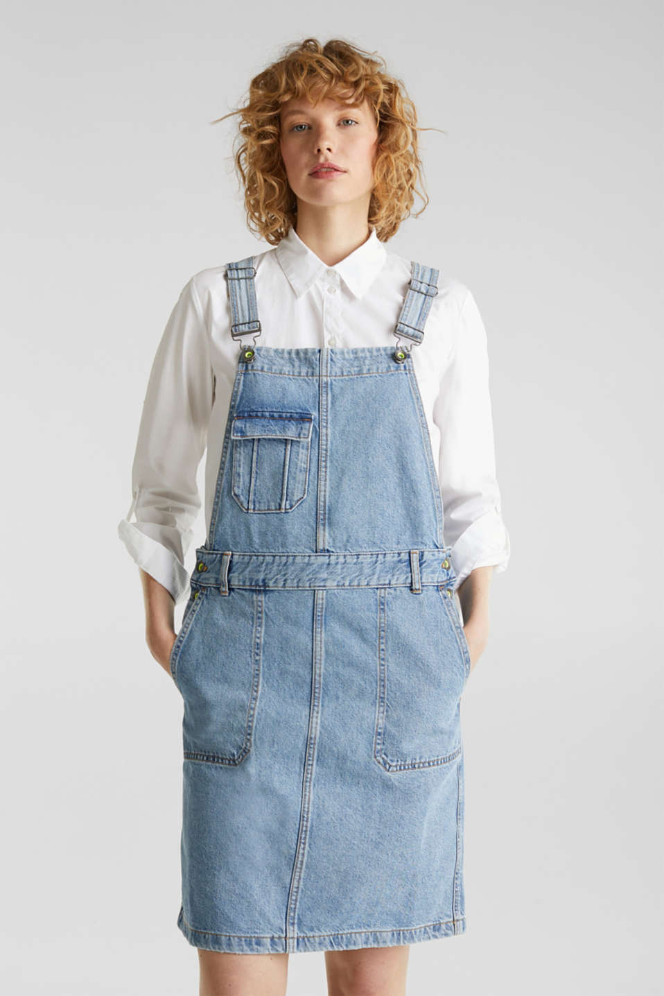 Denim pinafore with organic cotton, BLUE MEDIUM WASH, detail image number 0