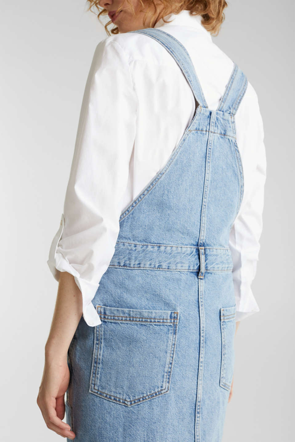 Denim pinafore with organic cotton, BLUE MEDIUM WASH, detail image number 5