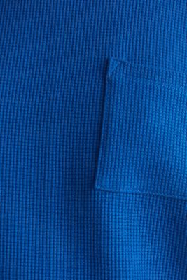 Textured stretch top with a pocket, BRIGHT BLUE, detail