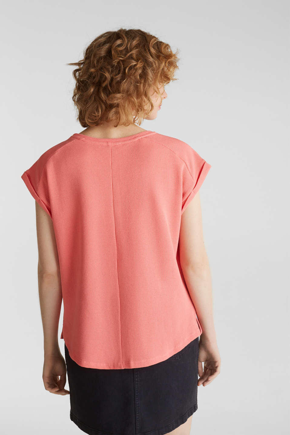Textured stretch top with a pocket, CORAL, detail image number 3