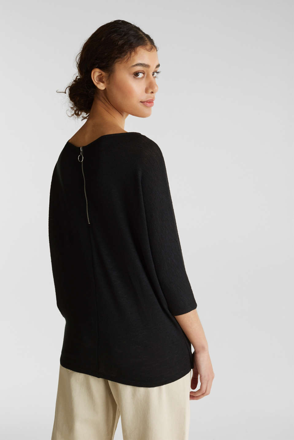 Batwing top with a draped effect, BLACK, detail image number 3
