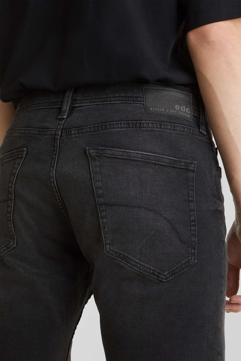 Super stretch denim shorts, BLACK DARK WASH, detail image number 6