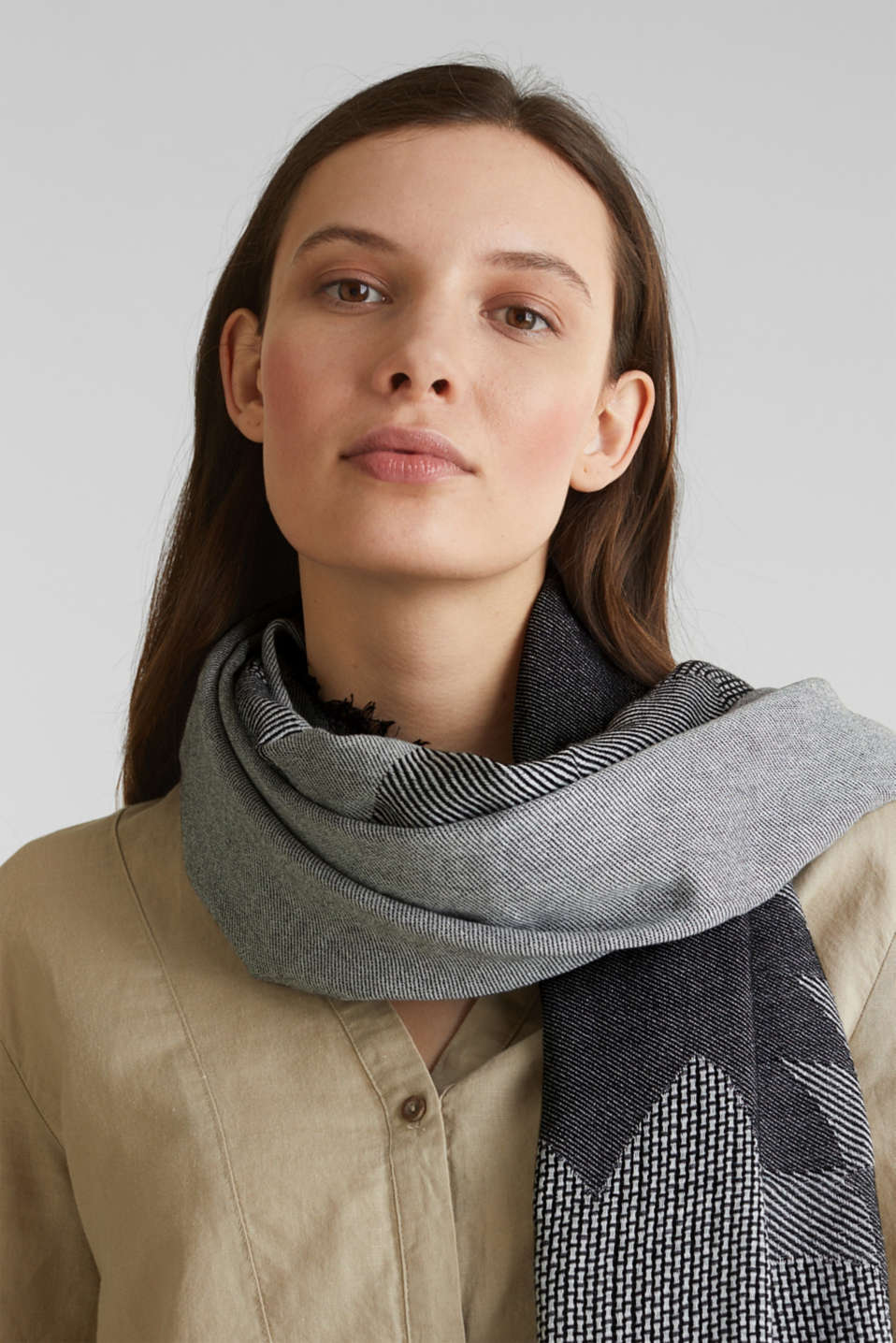 Scarf with woven structure, 100% cotton, BLACK, detail image number 1