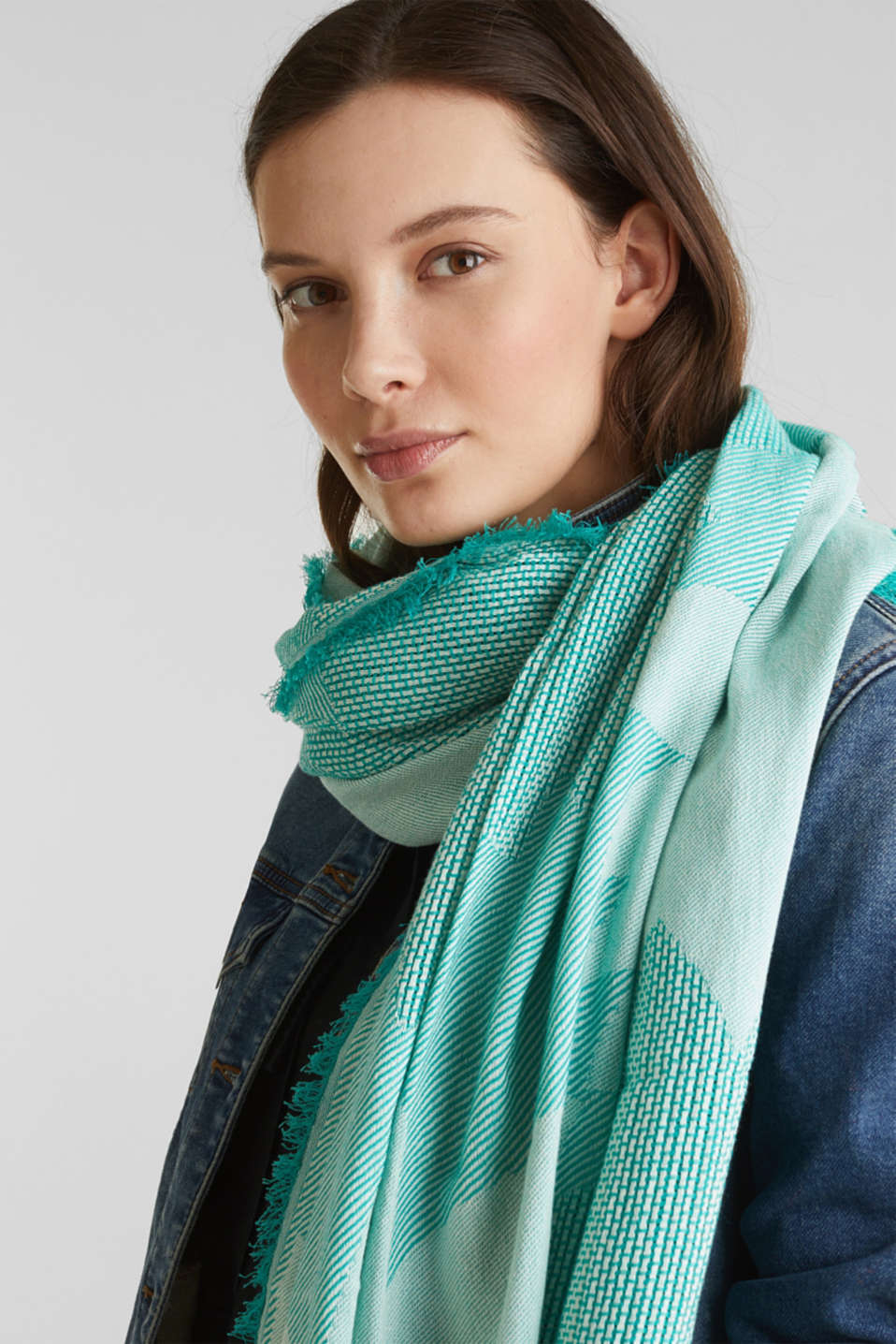 Scarf with woven structure, 100% cotton, TEAL GREEN, detail image number 1