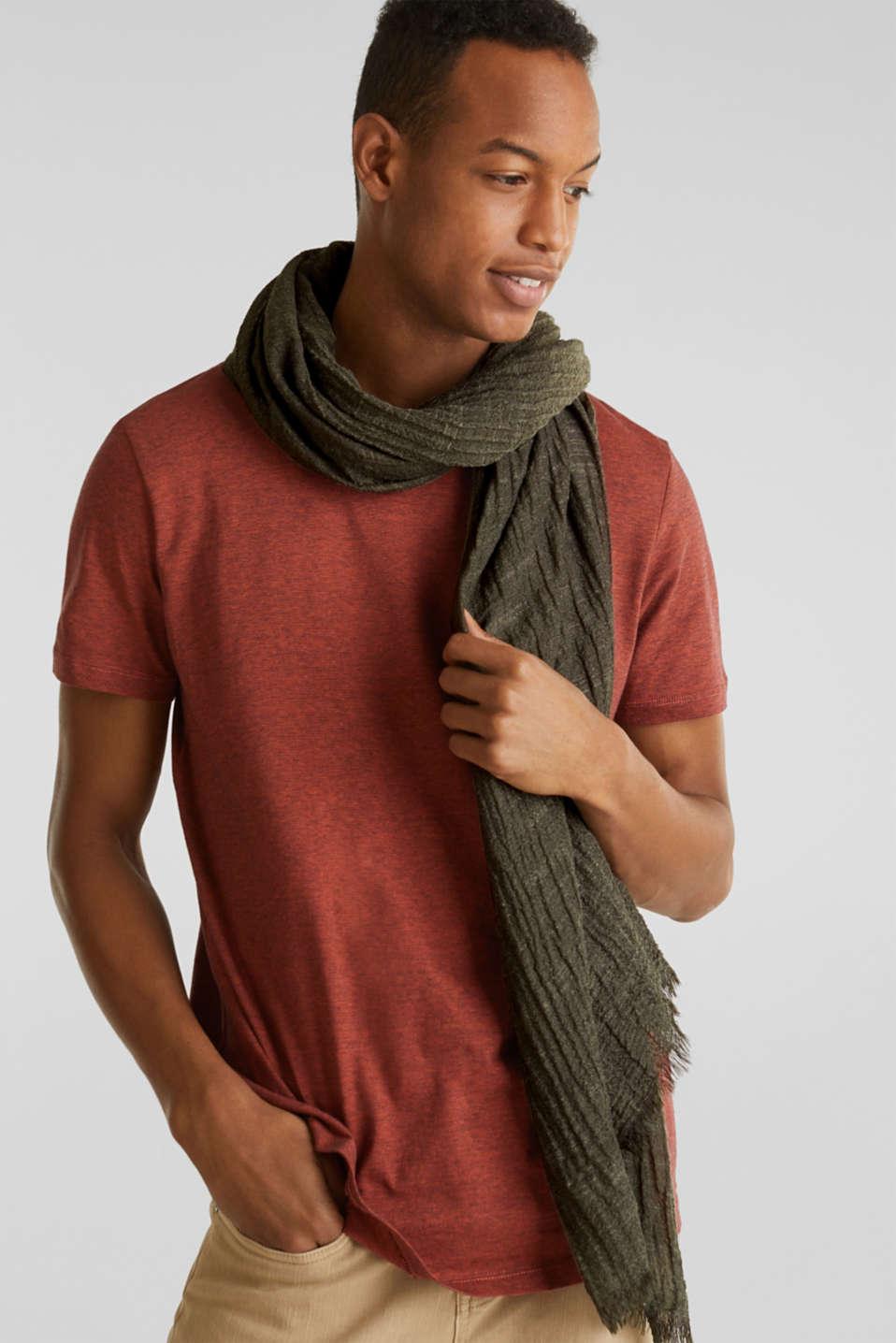 Slub scarf in a crinkle look, OLIVE, detail image number 1