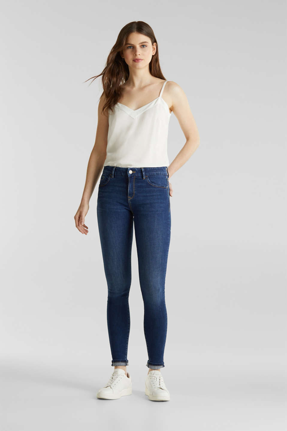 Clean jeans with organic cotton, BLUE MEDIUM WASH, detail image number 1