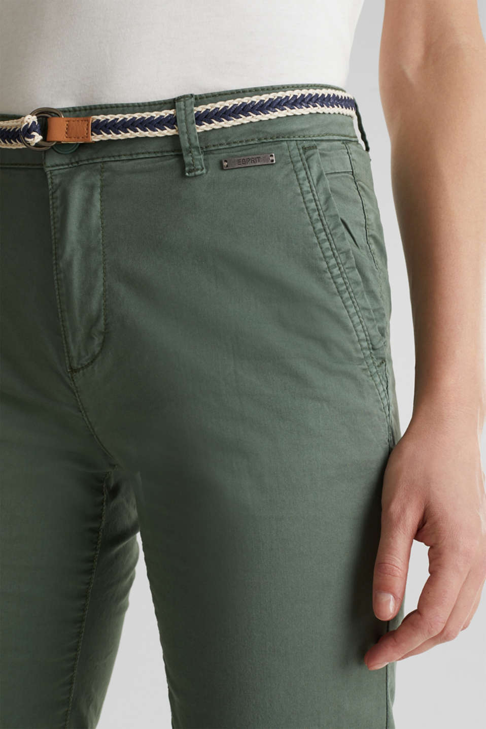 Summer chinos with belt and stretch, KHAKI GREEN, detail image number 2