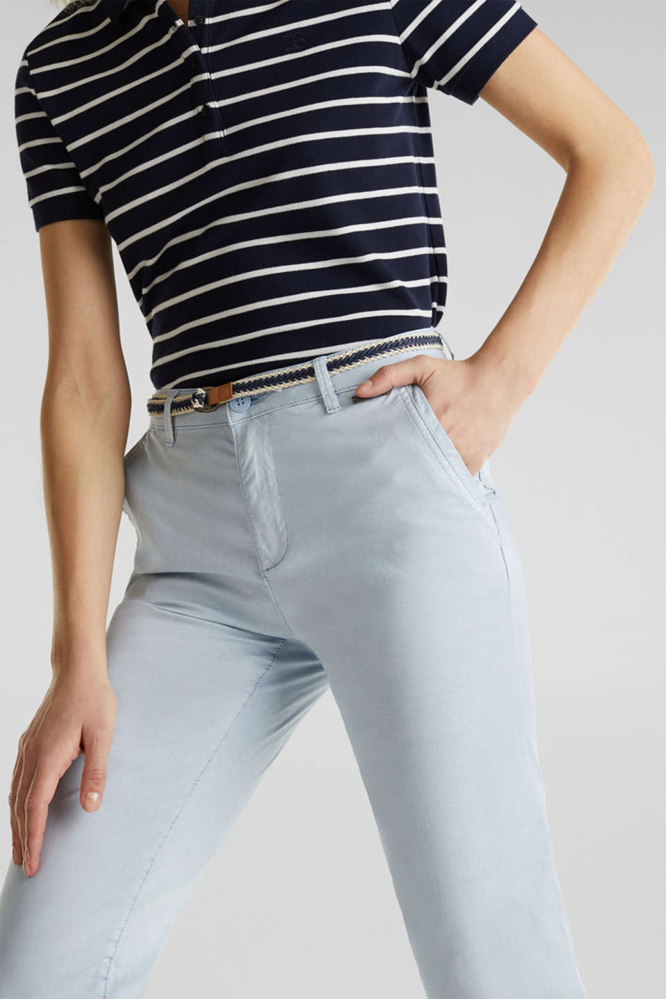 Summer chinos with belt and stretch, LIGHT BLUE, detail image number 2